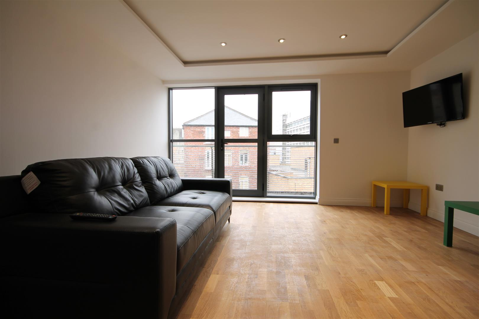 Falconars House City Centre, Newcastle Upon Tyne, 4 Bedrooms  Apartment ,To Let
